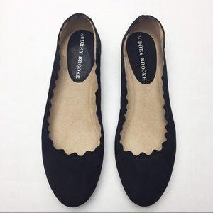 5c1e17cb29e Audrey Brooke Ballet scallop Black suede flats 8